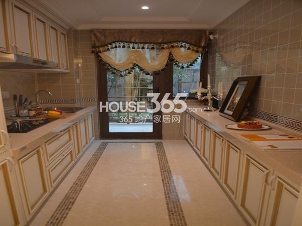 无锡万达文化旅游城120平样板间厨房