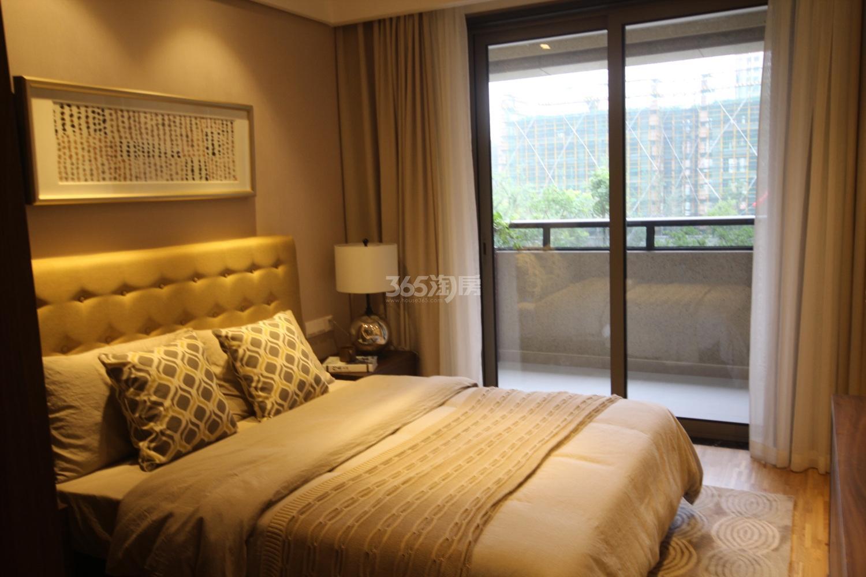 阳光郡项目135方样板房--卧室