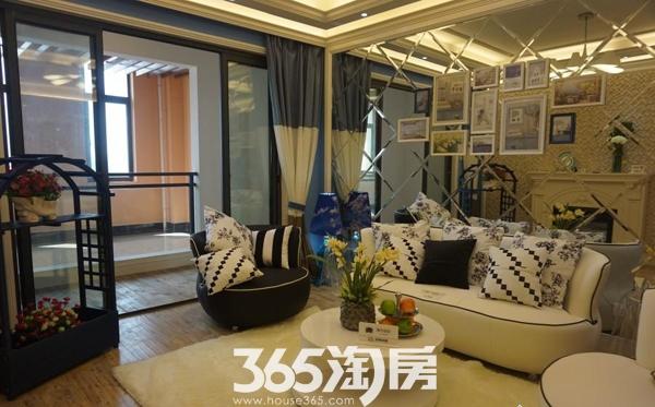 华南城紫荆名都样板间客厅