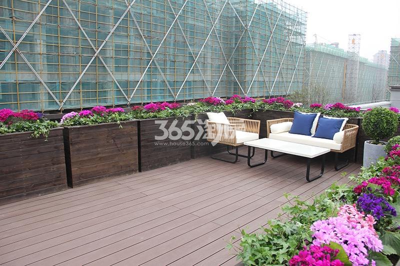 合景映月台E户型170方样板房——花园