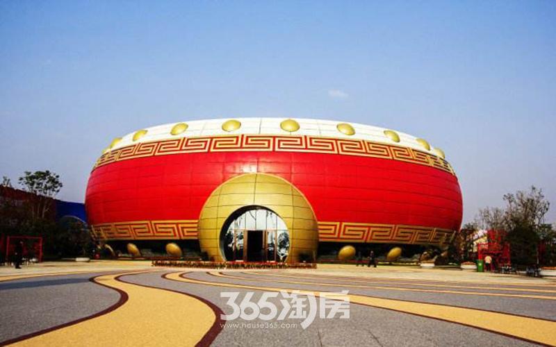 信达公园里周边配套万达文旅城实景图(2017.8)