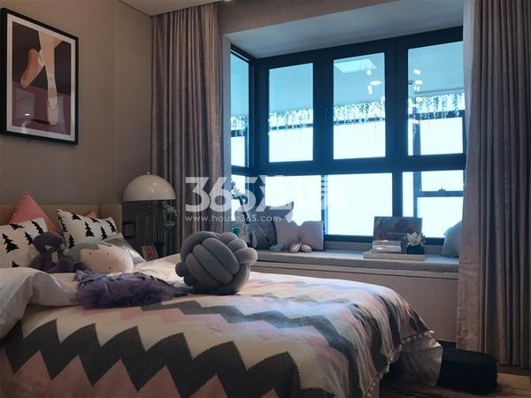 融侨悦府128平高层样板间卧室